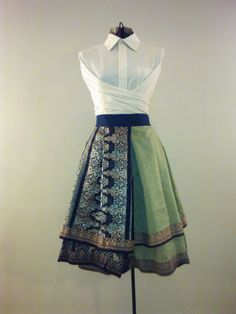 Pleated wrapped skirt made from a Sari - Pleated wrapped skirt made from a Sari Source by - Kurta Designs, Blouse Designs, Sari Dress, The Dress, Diy Clothes Refashion, Indian Designer Wear, Refashioning, Dress Patterns, Indian Fashion