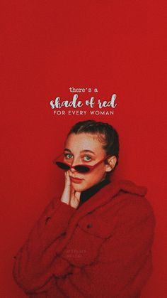 emm chamberlain lockscreen 💔 Red Aesthetic, Aesthetic Clothes, Bff Pictures, Profile Pictures, Celebrity Film, Emma Chamberlain, Jordyn Jones, Famous Women, Celebs