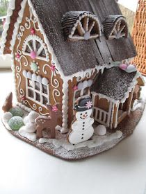 52 Unique DIY Gingerbread House Ideas in Your Decor Gingerbread House Parties, Christmas Gingerbread House, Christmas Sweets, Christmas Goodies, Christmas Baking, Christmas Crafts, Christmas Decorations, Xmas, Gingerbread Dough