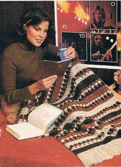 ➷ ➸ ➹ Colcha, Tapetes colo para tricô ou crochê 1979 Pardal -  /  ➷ ➸ ➹ Bedspread, rugs lap to knit or crochet 1979 Sparrow -