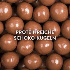 WHEY PROTEIN SCHOKO KUGELN Molkenprotein umhüllt von feinster Schokolade Reich an Protein mit 20 g Protein pro 100 g Mit Vollmilchschokolade, Zartbitterschokolade oder weißer Schokolade erhältlich