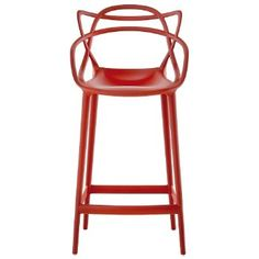 Kartell Masters Stool is available in a range of vibrant colors and it is ideal for home or contract sales. Order the Kartell Masters stool by Philippe Starck at Questo Design. Philippe Starck, Arne Jacobsen, Eero Saarinen, Charles Eames, Chaise Masters, Bar Noir, Eiffel Chair, Chaise Bar, Kitchen Interior
