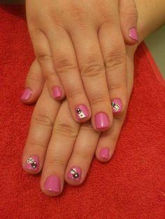 Short nails cubes so cute...