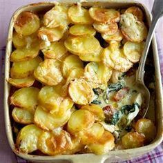 Chicken Tartiflette - Chicken, potatoes, cream, spinach, onions, bacon...whats not to like? Gotta love French food!