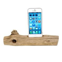 DIY Branch Phone Stand! Make it hollow to feed the charger cord through. Can make one for a tablet too! Tech Gadget Storage