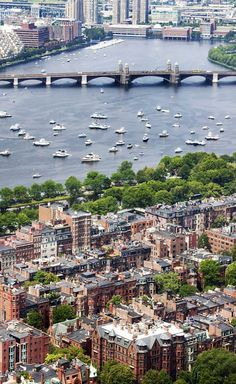 Perhaps my favorite neighborhood in all of America / Back Bay, Boston, Massachusetts