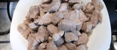 Brassói aprópecsenye készítése 10 Cereal, Oatmeal, Stuffed Mushrooms, Vegetables, Breakfast, Food, The Oatmeal, Stuff Mushrooms, Morning Coffee