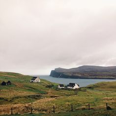 The view from our bedroom this morning  #roadtrip #scotland #skye