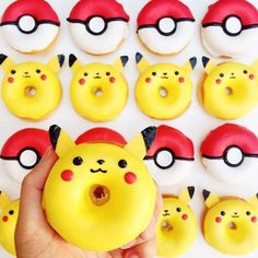 Pokemon Pikachu donuts Pokemon Pikachu birthday party All donuts should be cute. Agree or disagree? Now let's go catch some more Pokémon! Pokemon Torte, Pokemon Cupcakes, Pikachu Cake, Pokemon Birthday Cake, Festa Pokemon Go, Pokemon Red, Decoration Patisserie, Cute Donuts, Delicious Donuts