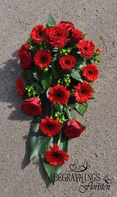 Funeral Flower Arrangements, Funeral Flowers, Floral Arrangements, Funeral Tributes, Arte Floral, Casket, Ikebana, Fresh Flowers, Fascinator