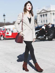 Street style da it-girl parisiense Jeanne Damas com look perfeito para o escritório.