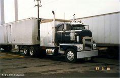 R & G Ellis Old Truck Pictures