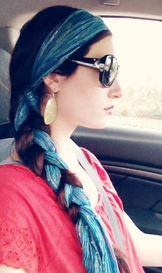 Cool gypsy bohemian hairstyle! Head scarf, headband, hair wrap, braid. #summer #hair