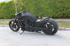 "No-Limit-Custom ""DVZ"" V-Rod Harley Davidson custom chopper"