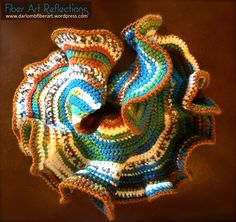 Crochet Dolls Designs Hyperbolic crochet plane - I enjoy experimenting with freeform and hyperbolic crochet techniques. For more information on crocheting models of hyperbolic geometry check out this link: Math Crochet Bear, Crochet Gifts, Irish Crochet, Diy Crochet, Crochet Dolls, Crochet Ruffle, Crochet Pouch, Freeform Crochet, Crochet Motif