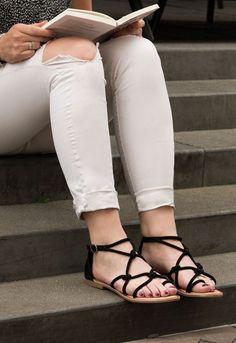 € 49,95 - Gioseppo CONCESA zwarte platte sandaal