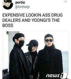 Yoongi is always going to be boss 😎😏 Bts Suga, Bts Bangtan Boy, Min Yoongi Bts, Namjoon, Taehyung, Sehun, Bts Pictures, Photos, Bts Memes Hilarious