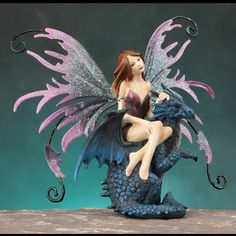 Just as a dog is man's best friend, a dragon is a fairy's best friend! A dragon is fiercely loyal to his fairy. Dragon Figurines, Fairy Figurines, Collectible Figurines, Creatures Of The Night, Magical Creatures, Fairytale Creatures, Amy Brown Fairies, Fairy Statues, Fairy Gifts