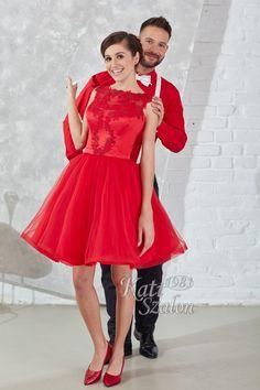 8 Menyecske ruha - fehér csokornyakkendő és hózentróger - Kati Szalon Formal, Style, Fashion, Preppy, Swag, Moda, Fashion Styles, Fashion Illustrations, Outfits