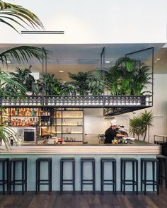 milandesignguide-Where to Take Aperitivo in Milan-botanical club Bar Interior Design, Restaurant Interior Design, Cafe Design, Outdoor Restaurant Design, Courtyard Restaurant, Cafe Exterior, Exterior Design, Botanical Interior, Italian Farmhouse