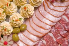 Tavaszi töltött tojások | Mindmegette.hu Cabbage, Vegetables, Food, Essen, Cabbages, Vegetable Recipes, Meals, Yemek, Brussels Sprouts