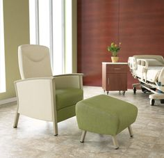 With superior attention to detail, award-winning designer Paul James has taken the incomparable durability of steel and refined it to an art form in Soltíce Metal. James' vision with Soltíce Metal was to take the established design of classic Soltíce, with its beautiful, inviting curves, and give it a fresh form. Its modern silhouette offers a stunning simplicity and creates a clean and contemporary aesthetic suitable for all environments. www.ki.com/solticemetal