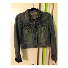 American Eagel Jean Jacket Medium sized jean jacket. Never worn and fits great! American Eagle Outfitters Jackets & Coats Jean Jackets