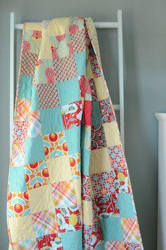 Hyacinth Quilt Designs: Trip Around the World quilt
