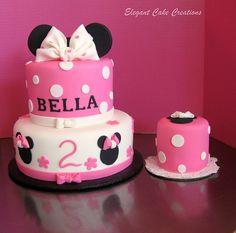 Minnie Birthday Cake by Elegant Cake Creations AZ, via Flickr for Averys first birthday