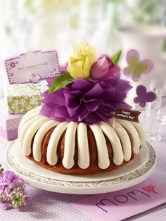 """One of the sweetest ways to tell her she's the """"Best Mom A'Round!"""" 