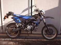 Yamaha DT 50 SM 2003 Moto Yamaha DT 50 SM 2003 vendo usato a Lucca € 1.000 http://www.insella.it/annuncio/yamaha-dt-50-sm-2003-111188
