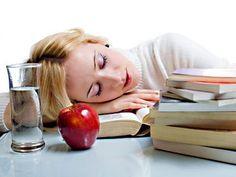 Короткий, но действенный комплекс упражнений, помогающий снять усталость: