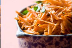 I'm checking out a delicious recipe for Shredded Carrot Salad (Gajar Ka Salaad) from Kroger! Grated Carrot Salad, Carrot Salad Recipes, Vegetable Side Dishes, Vegetable Recipes, Protein Salad, Eating Carrots, Shredded Carrot, Salad Dressing Recipes, Detox Recipes
