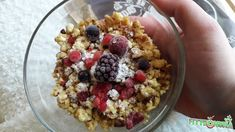 Túrómorzsa Szafi Free gluténmentes zabdarából Weight Loss Cleanse, Easy Weight Loss, Lose Weight, Intermittent Fasting, Fitness Diet, Acai Bowl, Oatmeal, Healthy Living, Paleo