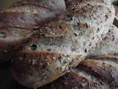 Tanulj meg sütni!: Kornspitz (kovászolt tésztából) Korn, Bread Recipes, Cooking Recipes, Bread Rolls, Banana Bread, Desserts, House, Tailgate Desserts, Postres
