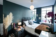 Unique Bedroom Lighting How To Make A Dark Room Brighter Solutions 2018 throughout ucwords] Diy Home Decor Rustic, Elegant Home Decor, Elegant Homes, Apartment Lighting, Bedroom Lighting, Inchyra Blue, Oval Room Blue, Ikea, Side Sleeper Pillow