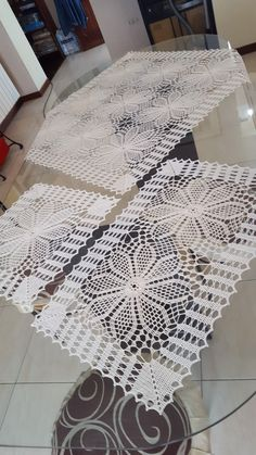 Crochet Granny, Crochet Doilies, Crochet Patterns, Shape Crafts, Crochet Coat, Crochet Flowers, Towels, Crochet Lace Edging, Doilies