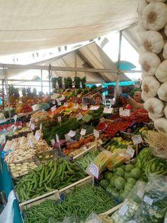 Mercato della frutta/verdura in Piazza delle Erbe a Padova ..dal lunedì al sabato !!!