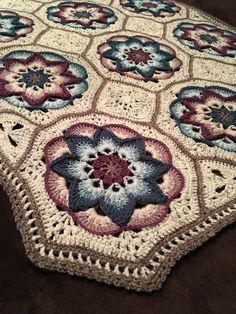 Crochet Iphone Ravelry: Project Gallery for Lotus Moon Tiles pattern by Polly Plum - Motif Mandala Crochet, Crochet Quilt, Granny Square Crochet Pattern, Afghan Crochet Patterns, Crochet Squares, Crochet Afghans, Crochet Blankets, Crochet Baby, Mobiles En Crochet
