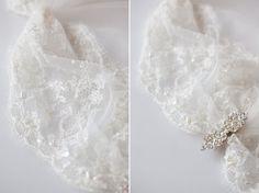 modern lace wedding veil (by sibo designs)