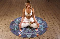 Yoga pour débutant : commencer le yoga, les postures faciles Bioidentical Hormone Therapy, Bioidentical Hormones, 7 Chakras, Chakra Meditation, Daily Meditation, You Fitness, Fitness Goals, Intuition, Samadhi Yoga