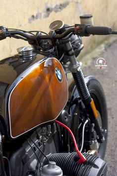"RocketGarage Cafe Racer: Bmw R100 ""Cointreau"""