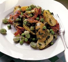 Salad of new potatoes with pancetta, broad beans & mint