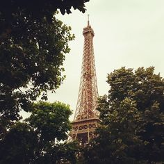 We were so lucky to get the chance to explore this beautiful city while working on fresh posts & features for beingabroad.net. #paris #travel #wanderlust