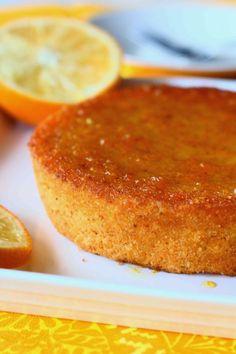 Appelsiini-mantelikakku (gluteeniton, jauhoton, maidoton) - Suklaapossu Cakes And More, No Bake Cake, Cornbread, Low Carb Recipes, Healthy Life, Tart, Deserts, Food And Drink, Gluten Free