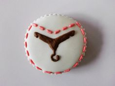 This cookie is specially made for advertising #cookies #fashion #hanger #cute