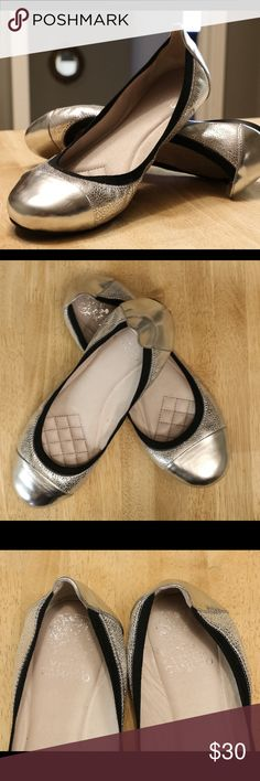 Vince Camuto Metallic Silver Flats Beautiful & Comfortable Metallic Silver Elisee Flats. Worn A Couple Times. Look New. Logo Inside Looks A Little Faded. Vince Camuto Shoes Flats & Loafers