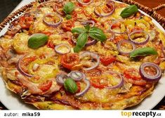 Cuketová pizza recept - TopRecepty.cz Vegetarian Recipes, Healthy Recipes, Dumplings, Vegetable Pizza, Quiche, Hamburger, Paleo, Food And Drink, Gluten Free