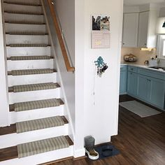 Hatteras Sandpiper-B Flatweave UV Stable TRUE Bullnose™ Padded Carpet Stair Tread Runner Replacement Style Comfort Safety (Sold Each) Wool Carpet, Rugs On Carpet, Grey Carpet, Carpet Manufacturers, Carpet Stair Treads, Bbq Cover, Shops, Best Carpet, Carpet Styles
