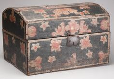 POLYCHROME PAINTED DOME-TOP BOX : Lot 507